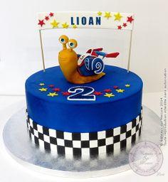 Turbo cake (from Gateaux sur Mesure Paris - Formations Cake Design, Ateliers pâte à sucre, Wedding Cakes, Gateaux d'Exposition)