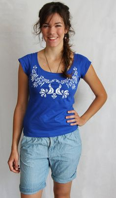 Items similar to HAND PAINTED hungarian FOLK art blue T-Shirt with white birds and flowers (Matyo) from Hungary on Etsy Modest Fashion, Fashion Outfits, Womens Fashion, Woman Outfits, Ladies Fashion, Fashion Tips, Fashion Clothes, Diy Clothes Projects, Stylish Outfits