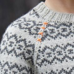"1,008 Likes, 51 Comments - CaMaRose.dk (@camarosedk) on Instagram: ""Detalje fra ny model, som kommer lige om lidt........ 😉 #thorssweater #yaku #merinould #camarose…"""