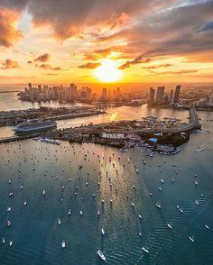 Sunset in Miami by Calder #miami #florida #miamibeach #sobe #southbeach #brickell #miami