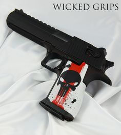 Experience the thrill of airsoft and get your game to the next level with Predator Airsoft gear! Weapons Guns, Guns And Ammo, Armas Wallpaper, Desert Eagle, Airsoft Gear, Gun Art, Trash Polka, Custom Guns, Military Guns