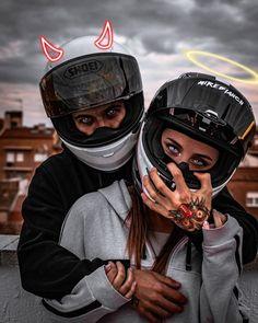 Motorcycle Couple Pictures, Biker Couple, Cute Couple Pictures, Biker Photography, Couple Photography, Biker Chick, Biker Girl, Wallpaper Motos, Image Moto