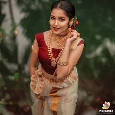 Anikha Photograph of Anikha Surendran WEDDING JEWELLERY PHOTO GALLERY    2.BP.BLOGSPOT.COM  #EDUCRATSWEB 2020-05-13 2.bp.blogspot.com https://2.bp.blogspot.com/-9fP5xNsengA/TXEZKvPsFGI/AAAAAAAAYRQ/3HpZbU5bMVE/s400/Indian_Bridal_Jewellery_Designs5.jpg
