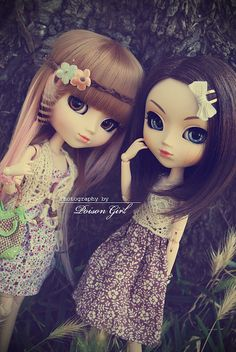 Moeru, Poison Girl's Hello Kitty Pullip doll and eve; Nymphetamine Girl's Veritas Pullip doll (this one wearing a dress made by me)