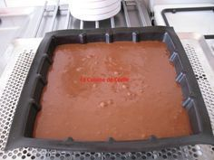 Gâteau au chocolat et mascarpone de Cyril Lignac No Cook Desserts, Dessert Recipes, Baguette, Tiramisu Mascarpone, Cake & Co, Chocolate Desserts, Pie Dish, Nutella, Coco