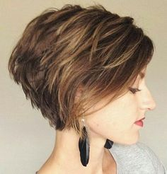 UNSURE ABOUT LAYERS. BEAUTIFUL CUT. If it were ME NOT SO HEAVY IN BACK
