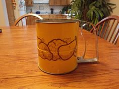 Vintage Retro Flour Sifter Gold Vegetable by sistersfuntreasures, $8.99