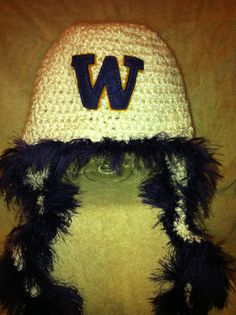Huskies Hat by One Knotty Mama. Find it on Facebook at facebook.com/jesslasher
