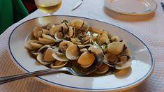 17 recetas con almejas y mucho sabor del mar Clams, Garlic, Stuffed Mushrooms, Fruit, Vegetables, Food, Wallpapers, Seafood Dishes, Spanish Food