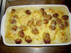 Blumenkohlauflauf mit Bratwurtsbällchen und Kartoffeln 1