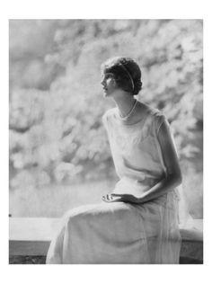 Vogue - November 1924 by Edward Steichen