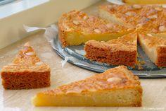Met ouderwetse boterkoek zit je altijd goed. En omdat het ook nog doodsimpel te maken is, mag dit recept gewoon niet in je repertoire ontbreken!