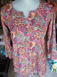 Vintage 1990s Groovy Psychedelic Pink Paisley 1960s Style Hippie Middle Eastern Style Top Sz M