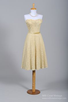 cute! 1950's Strapless Tea Stained Lace Vintage Wedding Dress : Mill Crest Vintage