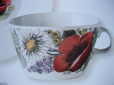 Arabia Tom Of Finland, Marimekko, Vintage Pottery, Retro Vintage, Stuff To Do, Plant Leaves, Tea Cups, Childhood, Memories