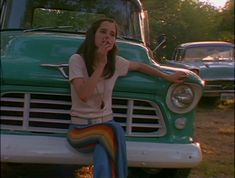 Darla Marks (Parker Posey) from Dazed and Confused Parker Posey, 70s Aesthetic, Aesthetic Pictures, Movies Showing, Movies And Tv Shows, Dazed And Confused Movie, Dazed And Confused Characters, My Vibe, Film Stills