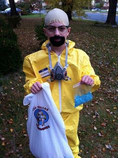 Awesome Walter White costume - I know what I'll be wearing this Halloween! - Breaking Bad