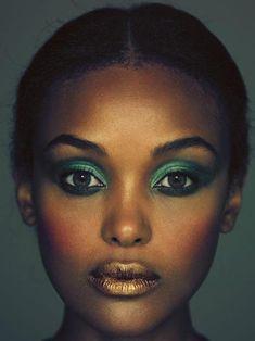 Teal Eyeshadow on Dark Skin … looks good! Gold Makeup, Eye Makeup, Hair Makeup, Runway Makeup, Metallic Makeup, Makeup Art, Makeup Ideas, Black Is Beautiful, Beautiful Eyes