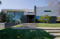 Gorgeous Green Modern Beverly Hills Home With A Bowling Alley That Has An Underground View of The Pool. - if it's hip, it's here Modern Exterior, Heim, Summit House, Architecture Moderne, Residential Architecture, Contemporary Architecture, Luxury Homes Interior, Interior Design, Modern Buildings