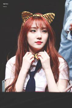 luiza#redsummer (@minkyusng) | Twitter Pristin Kyla, Kim Min Kyung, Pledis Entertainment, Kpop Groups, Korean Singer, Girl Crushes, Kpop Girls, Twitter, Korean Wave