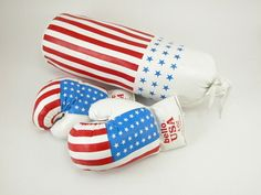 Kids boxing set Boxing Classes, Punching Bag, Boxing Gloves, Kids Boxing, Flag Design, Usa Flag, 4th Of July Wreath, Toys, Children