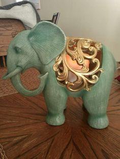 Elephant candle Credit to whoever this photo belongs to 😁 Elephant Walk, Elephant Parade, Elephant Family, Elephant Love, Elephant Stuff, Elefante Hindu, All About Elephants, Elephant Home Decor, Elephants Photos