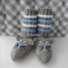 Marimekko, Baby Shoes, Slippers, Knitting, Barn, Socks, Amigurumi, Knitting Designs, Converted Barn
