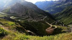 Gotthard Pass in the Alps - this is the old winding road between Italy and Switzerland; photo by Mikael Miettinen Big Sur California, Beautiful Roads, Most Beautiful Cities, Beautiful Streets, Places In Europe, Places To See, Alpe D Huez, European Road Trip, Dangerous Roads