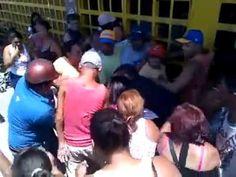 Se pelean por una Harina P.A.N [Solo en Venezuela]