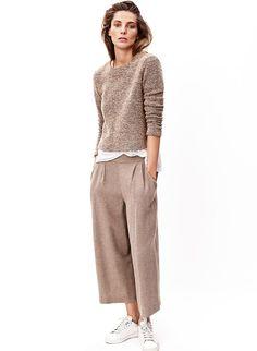 Daria Werbowy in culottes Daria Werbowy, Look Fashion, Winter Fashion, Womens Fashion, Fashion Trends, Fashion Art, Fashion Clothes, Luxury Fashion, Culotte Style