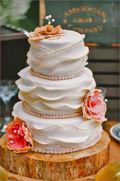 Fascinating Wedding Cakes Pictures And Designs ❤ See more: http://www.weddingforward.com/wedding-cakes-pictures/ #weddings