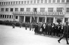 1940 Public celebration in front of Banovina