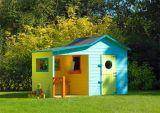 """Als u het niet ziet zitten om zelf een speelhuis te bouwen moet u eens denken aan ons houten speelhuis """"IJsbeer"""".Let op: Gratis verzending in Nederland. Levertijd circa 5 werkdagen.Voor verzendbijdrage in Belgie, kies uit de extra optie of neem contact op met de klantenservice.Elke kleine huishoudster wil graag een huisje hebben waarin ze alles zelf kan beslissen, en elke kleine detective en wetenschapper droomt van een plek waar ze verbazingwekkende verhalen en buitengewone uitvindingen…"""