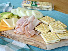 Suli uzsik 4. rész Crackers, Sandwiches, Dairy, Bread, Cheese, Snacks, Food, Pretzels, Appetizers