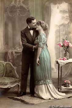 I love old pictures where the people actually look like they're in love.