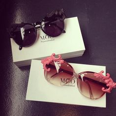 I like them sunglasses a lot. I only guess they are way too expensive for me and I couldn't find an online shop selling them anyway.... but still - they look cute.