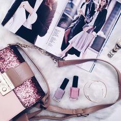 Mood 💜#currentmood #currentview #goodvibesonly  #instagram #fashionblogger #fashion #bag #kiko