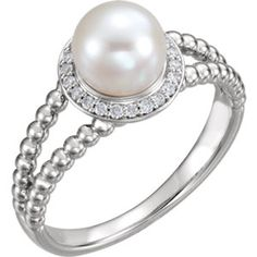 14kt White Freshwater Cultured Pearl & 1/8 CTW Diamond Ring
