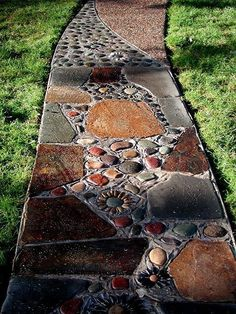 Brown Pebble Mosaic Tile Art Plaque Fluss Rock Way DIY Garten Gehweg … - Diyhome-dekoration. Stepping Stone Pathway, Stone Garden Paths, Stone Walkway, Garden Stones, Rock Walkway, Mosaic Walkway, Stone Pathways, Pebbles For Garden, Flagstone Path