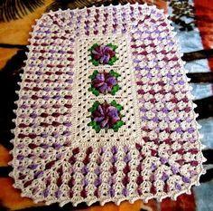 tapetes de croche redondo com flor dupla face - Pesquisa Google