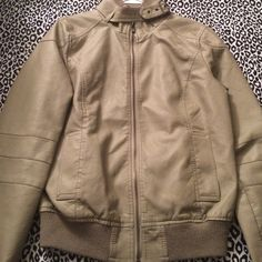 Tan Jacket (Make An Offer ) This jacket has been worn twice. In great condition. Very comfortable!! Rue 21 Jackets & Coats Utility Jackets