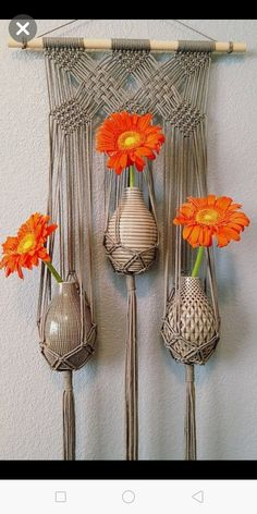40 Large Triple Flower Vase Grey Wall Hanging//Gray Boho Modern Macrame by HemisphereCA on Etsy Macrame Plant Hanger Patterns, Macrame Wall Hanging Diy, Macrame Art, Macrame Projects, Macrame Knots, Macrame Patterns, Diy Projects, Hanging Art, Hanging Plants