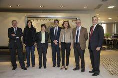 De izquierda a derecha, Valentín Fuster, María Blasco, Mónica Martínez, Carlos Buesa, Carmen Vela, Enric Banda y Javier Ayuso