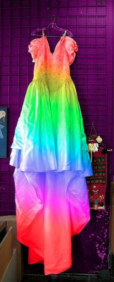 WILL YOU MARRY ME? WEDDING DRESS IDEAS FOR WEIRDOS | xoJane