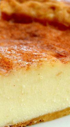 Cream Pie Sugar Cream Pie ~ So amazing. It has a custard filling that's to die for.Sugar Cream Pie ~ So amazing. It has a custard filling that's to die for. Dessert Party, Dinner Party Desserts, Pie Dessert, Dessert Recipes, Candy Recipes, Sugar Cream Pie Recipe, Cream Pie Recipes, Sugar Pie, Just Desserts