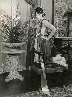 flapper 1920s