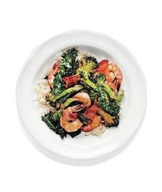 Shrimp, bacon and broccoli stir fry | Real Simple - A month of weeknight dinners make it easy to feed your family—in just 20 minutes.
