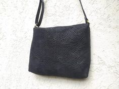 Black Leather Bags, Leather Purses, Suede Leather, Leather Crossbody, Leather Wallet, Black Shoulder Bag, Shoulder Purse, Leather Embroidery, Round Bag