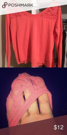 Hollister Flowy Top Hollister Flowy top, really pretty color & super cute shirt. Has the tiniest hole in the lace from a hanger but you can't see it unless you stretch the shirt and look super close, so other than that in perfect condition! Bundles & offers welcomed 😊 Tops Tees - Long Sleeve