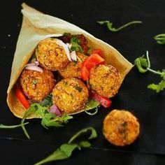 Falafels de patate douce au four fat loss diet vegan Veggie Recipes, Vegetarian Recipes, Cooking Recipes, Healthy Recipes, Vegetarian Sweets, Vegetarian Tacos, Recipes Dinner, Brunch Recipes, Sweet Recipes